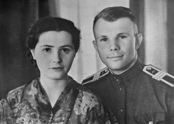 Личность: Скончалась вдова Юрия Гагарина Валентина
