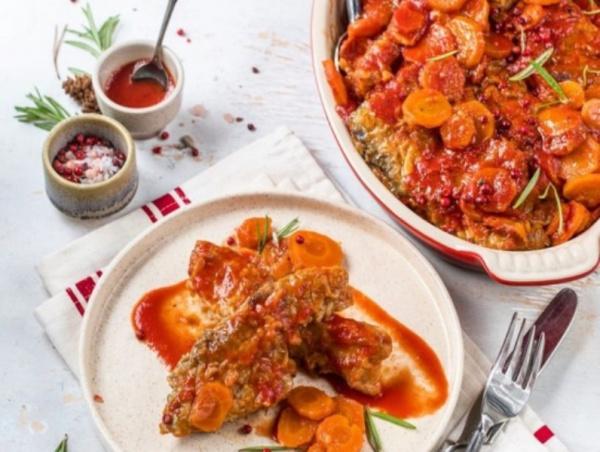 Кухня: Рыба в томатном соусе с овощами