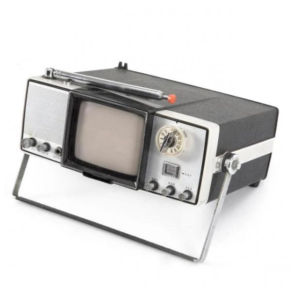 Интересное: Первые портативные телевизоры