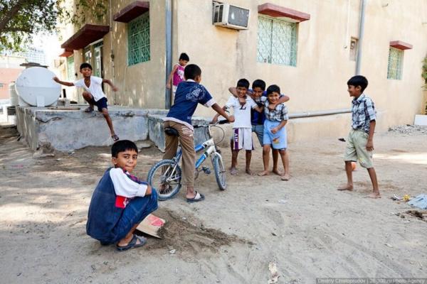 Страны: Обратная сторона Эмиратов
