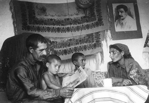 История: Как создавались цыганские колхозы и что ожидало цыган, которые отказывались приобщаться к труду