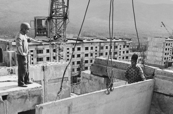 Интересное: Почему в большинстве советских домов по девять ступенек между пролетами
