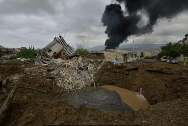 Политика: Азербайджан и Армения договорились о прекращении огня в Карабахе