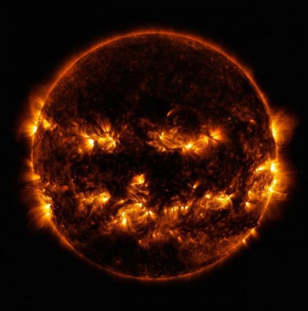 Природа: NASA показало изображение *чёрного* Солнца