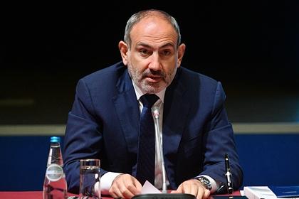 Политика: Война в Карабахе закончена.  РФ начала развертывание миротворческого контингента