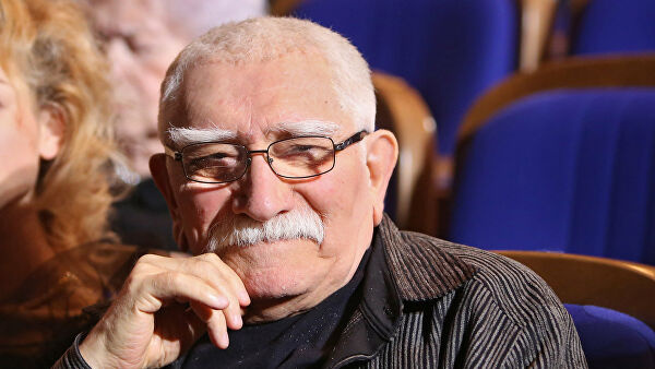Личность: Умер Армен Джигарханян
