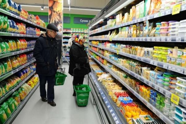 Экономика: В «Перекрестках» и «Пятёрочках»  пообещали продавать «социально значимые продукты» без наценок