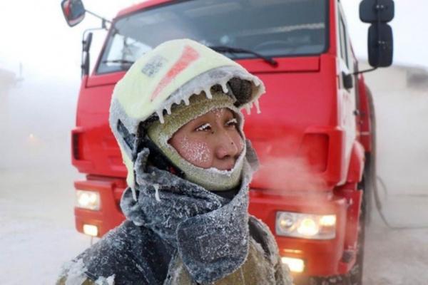Происшествия: Якутские пожарные: работа в минус 50