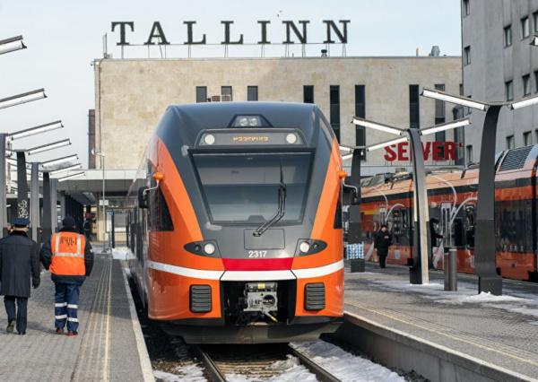 Страны: Эстония предлагает России запустить электрички до Питера