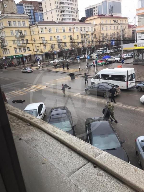 Терроризм: В Грозном в 14:15 по мск произошло нападение на сотрудников ППС