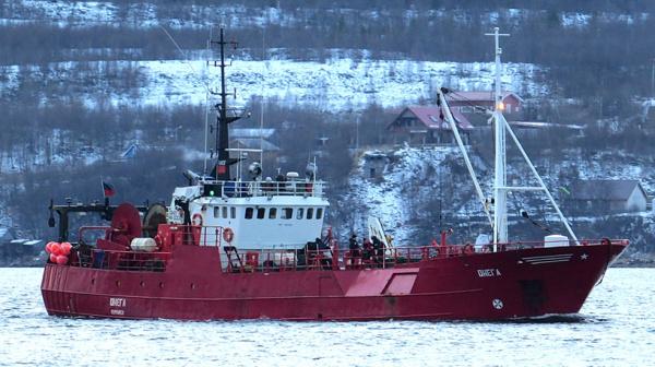 Происшествия: В Баренцевом море затонуло судно с рыбаками