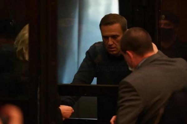 Право и закон: Навальному будет сидеть 2.5 года