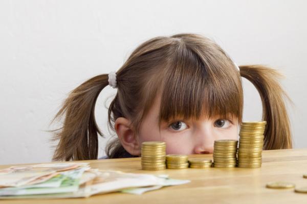 Общество: Путин подписал указ о ранжировании размера выплаты на детей от 3 до 7 лет