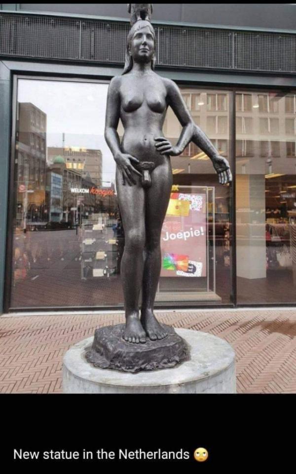 Безумный мир: Новый памятник в Гааге - символ новой Европы...