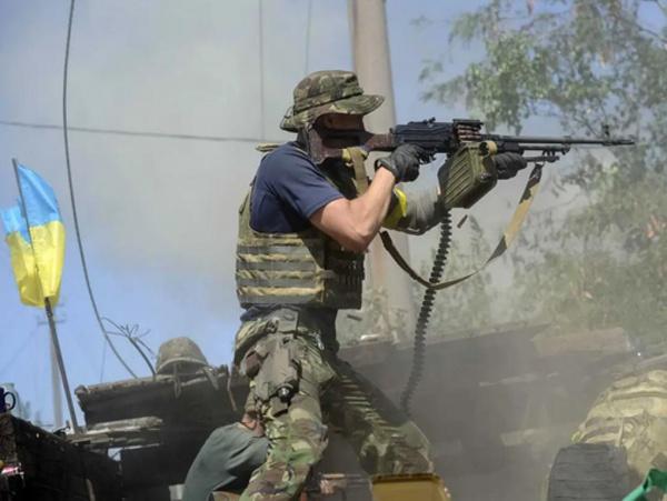 Политика: Ветераны разведки направили Байдену письмо с призывом избегать войны на Украине