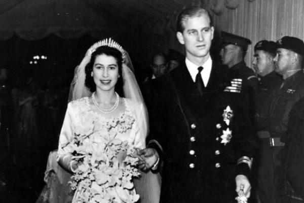 Личность: Сегодня скончался супруг британской королевы Елизаветы II Принц Филипп