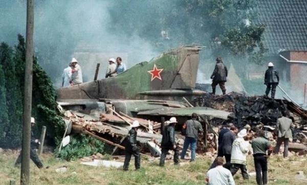 Происшествия: Самолет-беглец: самая нелепая катастрофа советского истребителя