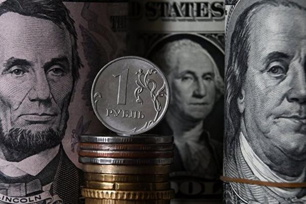 Экономика: Центробанк подтвердил падение доли доллара в расчетах за экспорт