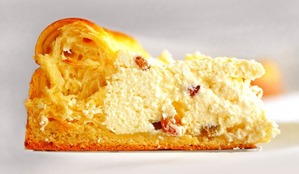 Полезные советы: Пасхальный пирог с творогом и изюмом