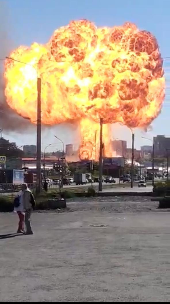Происшествия: Взрыв заправки в Новосибирске