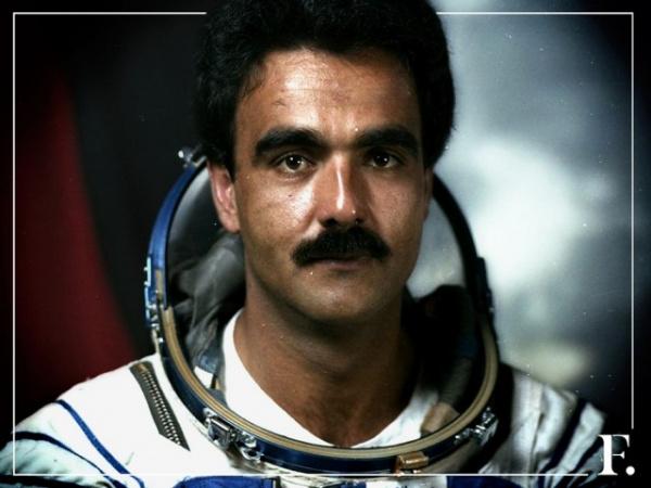 Личность: Взлёт и падение Абдул Ахада Моманда - афганского космонавта