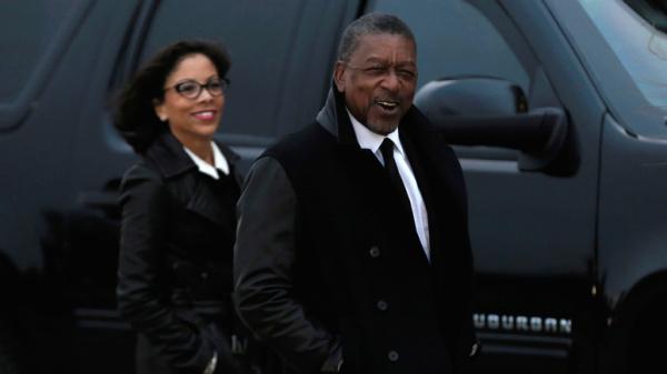 Страны: Первый темнокожий миллиардер США призвал выплатить афроамериканцам репарации на  трлн