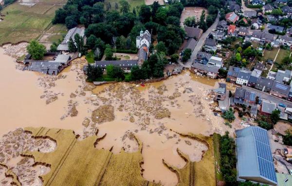 Происшествия: Число погибших в результате наводнения в Германии превысило 155