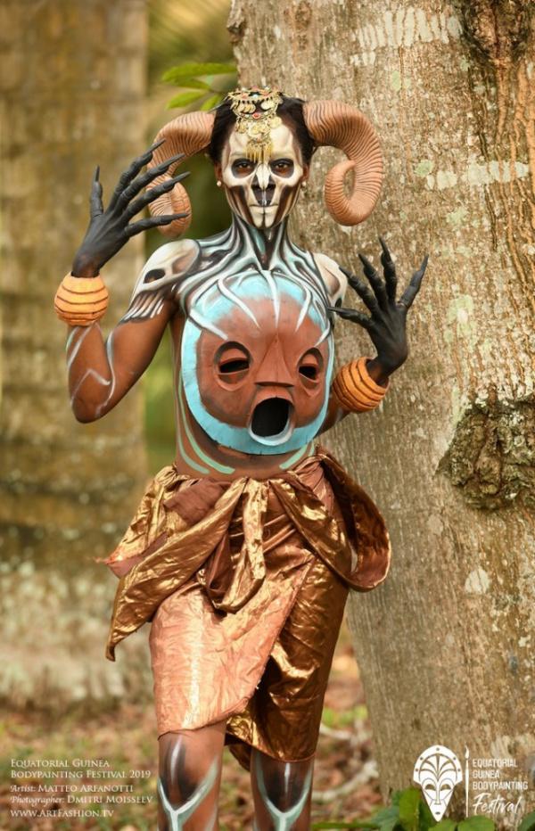 Интересное: Фестиваль бодиарта в Экваториальной Гвинее