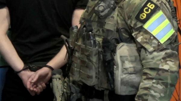 Терроризм: ФСБ задержала в Крыму двух главарей и трех участников ячейки Хизб ут-Тахрир