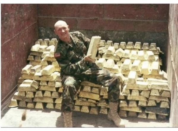 Финансы: Америка забрала золотой запас Афганистана. Как ранее Ирака и Ливии.  Если США вам предлагает помощь, то очень скоро их руки будут в ваших карманах  ©