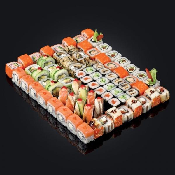 Рекламные материалы: Доставка блюд японской кухни на большую компанию