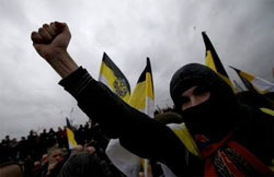 Политика: Русский марш