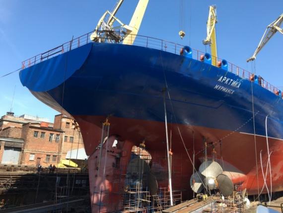Новости: Самый мощный ледокол на планете готов к спуску на воду