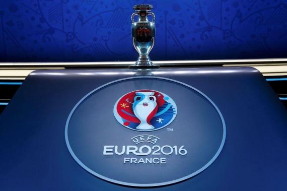 Спорт: УЕФА условно дисквалифицировал сборную России до конца ЧЕ-2016