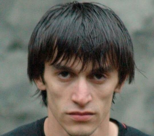 Личность: Путин присвоил посмертно звание Героя России дагестанскому полицейскому Нурбагандову