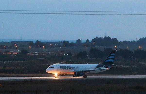 Происшествия: Угонщики захватили ливийский самолет со 118 пассажирами