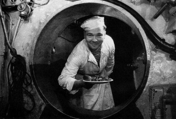 Кухня: *Макароны по-флотски* при Сталине