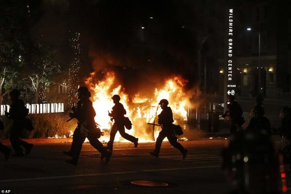 Происшествия: Массовые погромы в США