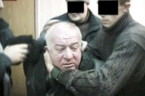 Криминал: Кто и зачем отравил Сергея Скрипаля?