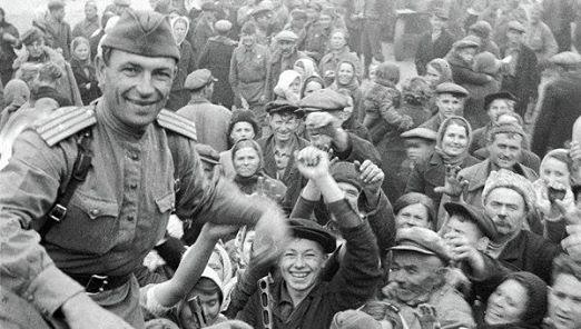 Новости: Глава Крыма поздравил украинцев с Днем освобождения от фашистов