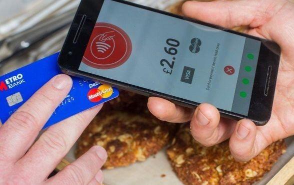Блог kir: Российские банки заменят платёжные терминалы на смартфоны