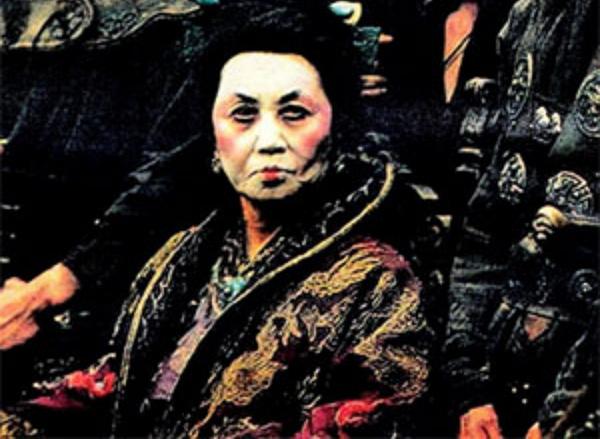Интересное: Мадам Вонг - самая известная пиратка ХХ века
