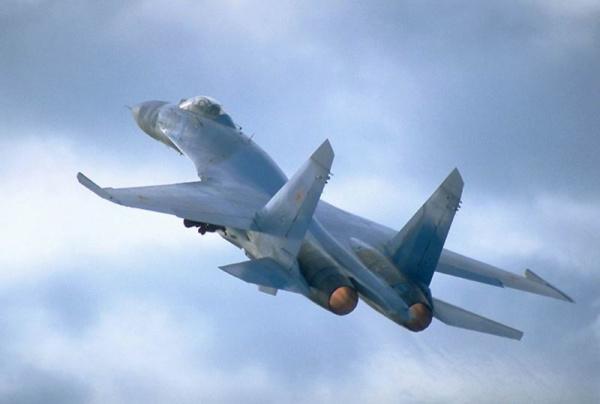 Происшествия: Российский истребитель Су-27 упал в Черное море возле Крыма