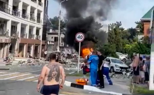 Происшествия: Число погибших в результате взрыва газа в гостинице в Геленджике увеличилось до двух