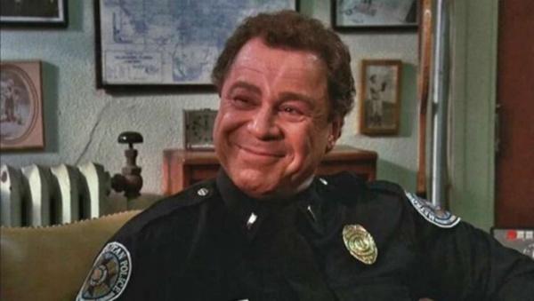 Личность: Умер Артур Метрано, известный по роли лейтенанта Маузера в фильмах «Полицейская академия»