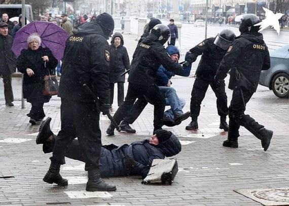 Политика: Лукашенко не нужен