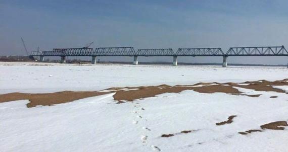 Экономика: Мост построен