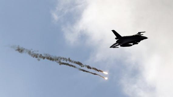 Происшествия: В Нидерландах истребитель F-16 на учениях подстрелил сам себя