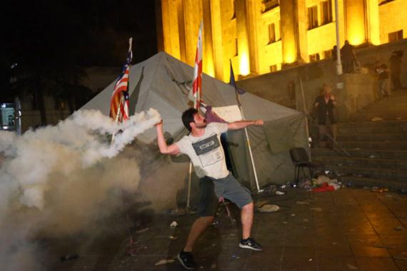 Общество: Настоящий патриотизм