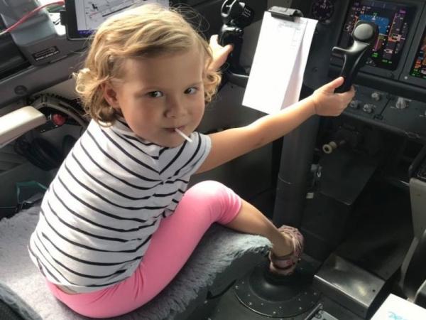 Блог Cfybnfh_ktcf1: Как развлечь ребенка в самолёте